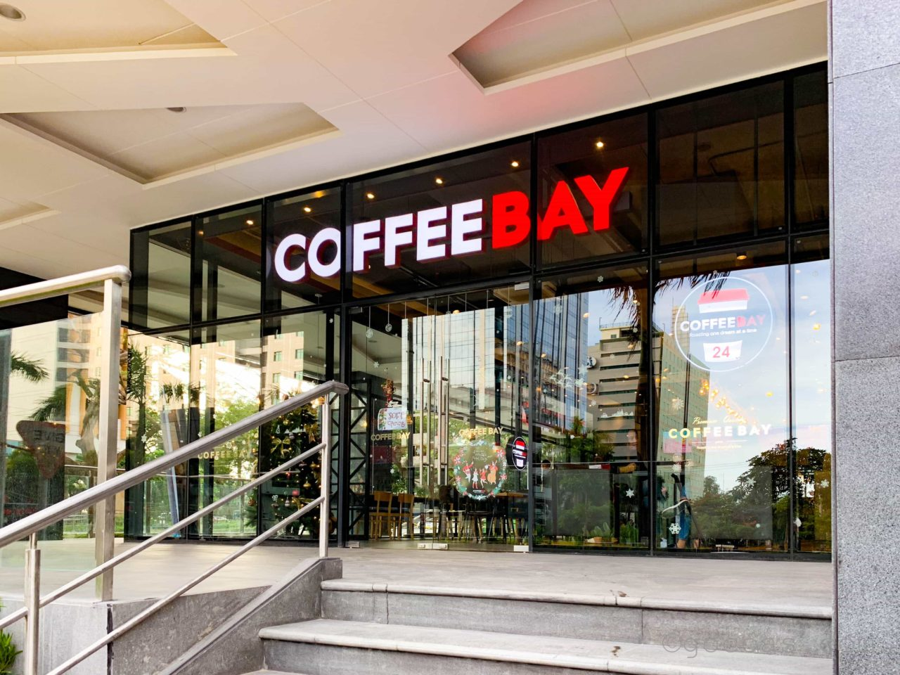 COFFEE BAY外観
