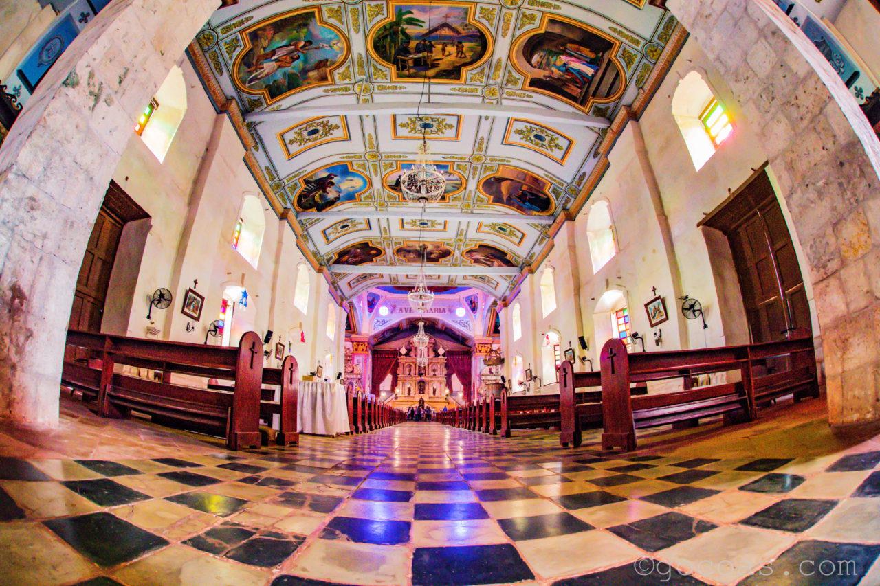 ボホールの教会内部