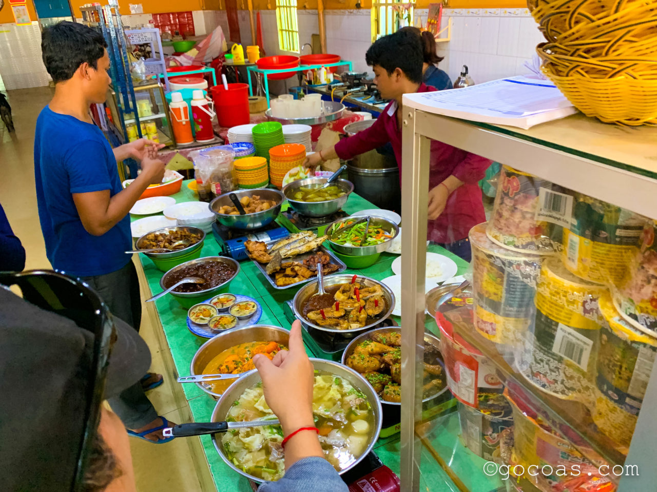 メコンエクスプレスで行ったカンボジアの昼食メニュー