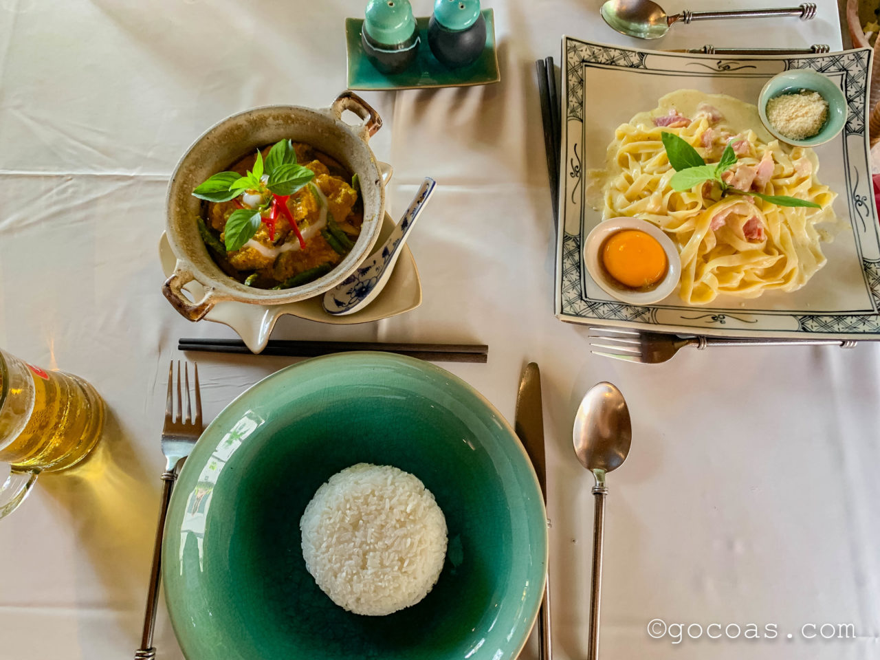 Café Indochine Restaurant - Siem Reapで食べたカレーとカルボナーラ