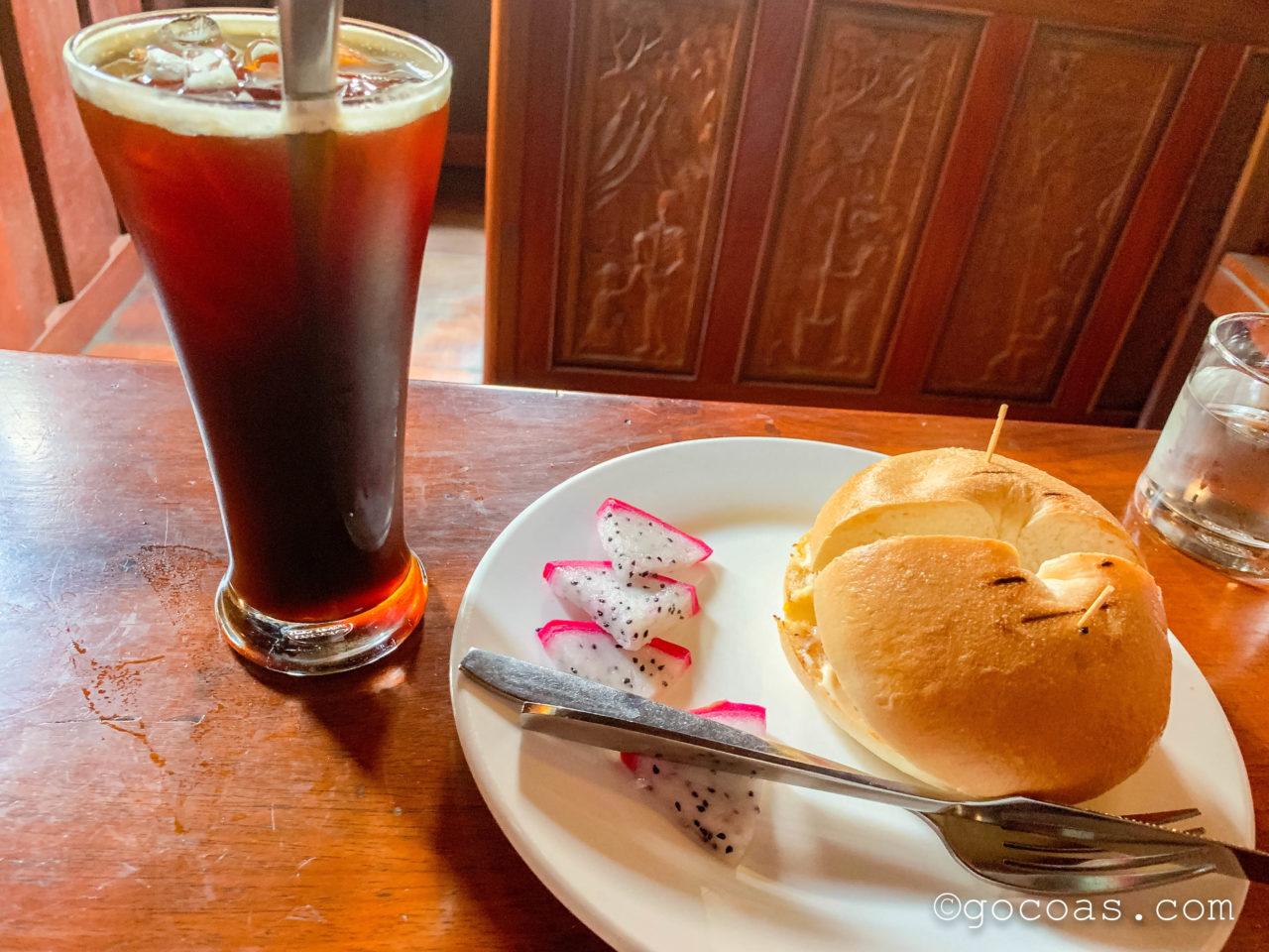 Joma Bakery Caféで食べたサンドイッチ