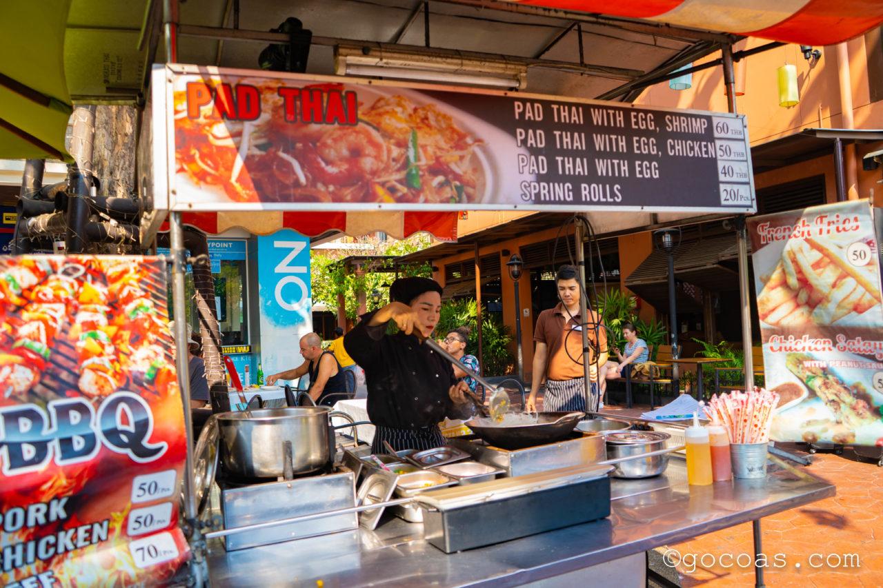 バンコクの街中にあったPAD THAIの屋台