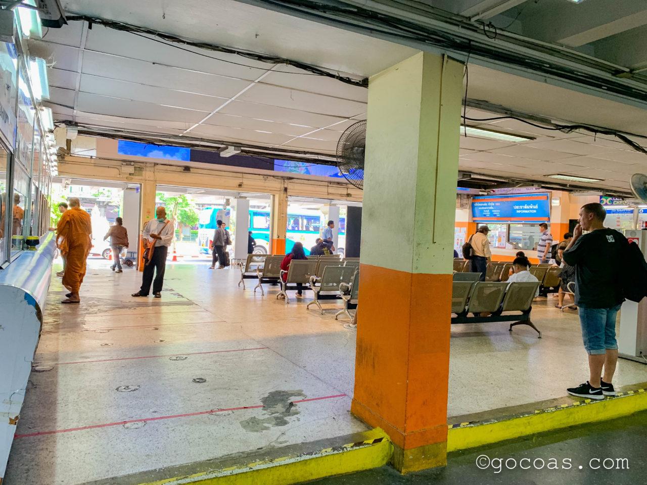 Bangkok Bus Terminalの待合所