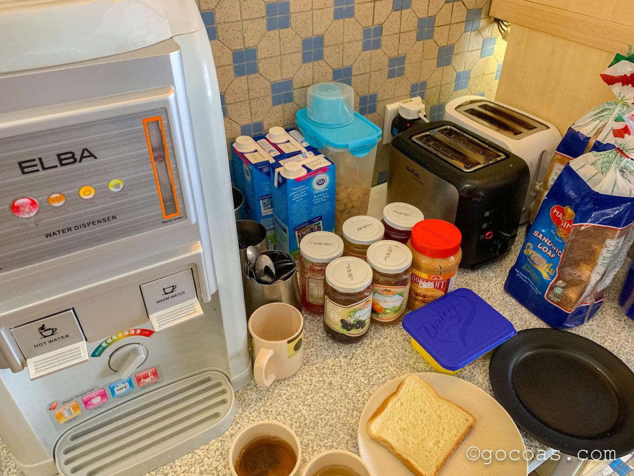 ホテル 1000 マイルズの朝食の調味量の瓶
