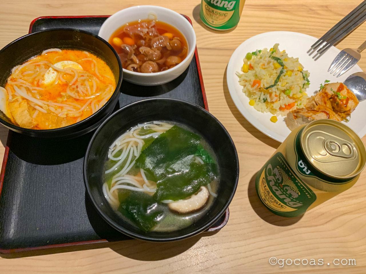 シンガポール・チャンギ国際空港内のBLOSSOM LOUNGEで食べたフード